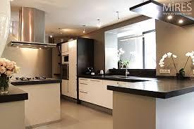 cuisine en u ouverte sur salon cuisine en u ouverte sur salon avant les machines sont visibles