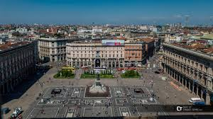milan piazza duomo from roof of cathedral bg jpg
