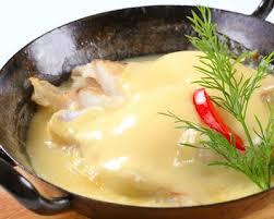 cuisiner la lotte à la poele recette lotte à la crème fraîche