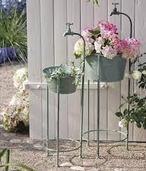balkon accessoires schöne accessoires für ihre terrasse pflanzgefäß dole living