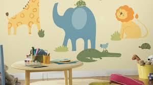 mur de couleur dans une chambre quelles couleurs pour les murs d une chambre de garçon