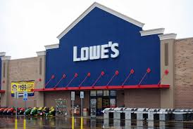 lowe s in a social media world home depot fails and lowe s succeeds