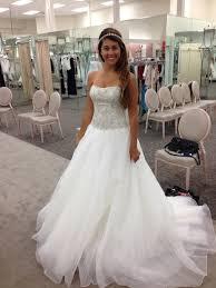 oleg cassini wedding dress oleg cassini wedding dress ivory in size 4 for price 999