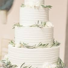 wedding cake icing frostings wedding cakes