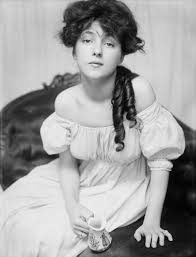 Historical Photos Circulating Depict Women Evelyn Nesbit Wikipedia