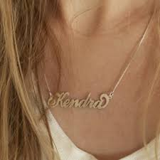 Carrie Necklace Gold Carrie Bradshaw Necklace U2014 Thewritefashion