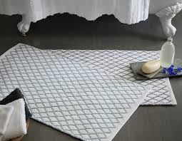 How To Wash Rugs And Mats Without Ruining Them - Designer bathroom rugs and mats