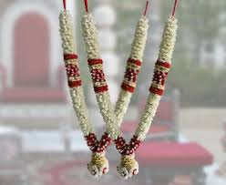 garland for indian wedding 12 best garlands images on wedding garlands flower