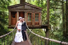 Treehouse Point Wa - 7 one of a kind wedding destinations newnownext travel