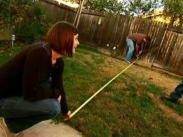 How To Make A Putting Green In Backyard Backyard Putting Green Video Diy