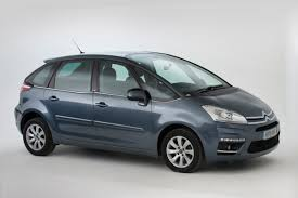 used citroen c4 picasso buying guide 2007 2012 mk1 carbuyer