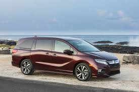honda odyssey cars and motorcycles pinterest honda odyssey 2017 honda odyssey arriving at dealerships nationwide