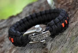paracord rope bracelet images Paracord bracelet unravels to 16 foot 39 mini rope 39 for outdoors jpg