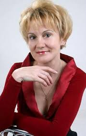 red short cropped hairstyles over 50 short haircuts for women over 60 hair styles for women over 60