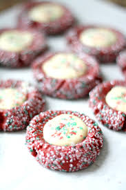 red velvet and cheesecake thumbprint cookies diycandy com