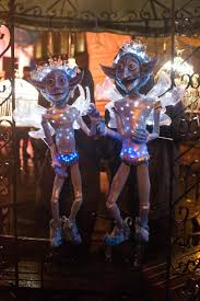 Halloween Entertainment Ideas Christmas Walkabout Entertainment Christmas Themed Acts