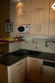 cuisine evier angle meuble d angle de cuisine avec evier idée de modèle de cuisine
