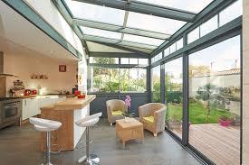 veranda cuisine veranda maison awesome maison j extension en bois et zinc noir avec