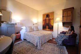 Avignon Bedroom Furniture by Cycling In Provence Avignon Places To Visit Where To Eat