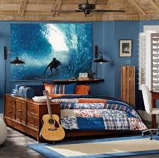 poster chambre ado chambre enfant lit ado avec poster surf autour du surf et de la
