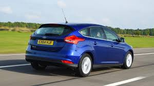 ford focus carbuyer ford focus hatchback engines top speed performance carbuyer