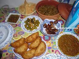 cuisine pour le ramadan table du f tour idées de menus pour le mois de ramadan 2013