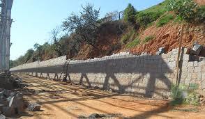 Basta Bolinha Pedras | Muro de Arrimo &KV85