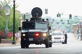 ferguson police after michael brown shooting look like iraq