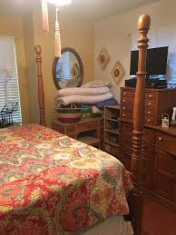 vintage pulaski keepsakes collection golden oak queen bedroom set