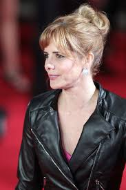 darcey bussell earrings in leather darcey bussell wears a black leather