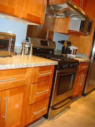 kitchen cabinet color honey rta cabinet broker 1r honey maple shaker 908 kitchen