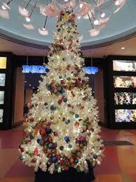 Disney Animated Christmas Decorations by Disney U0027s Art Of Animation Christmas Twinkling Tree Disney