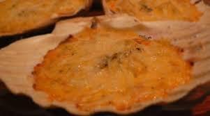 cuisiner des coquilles st jacques coquilles jacques au cognac gratinées