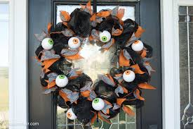 halloween craft diy geo mesh eyeball wreath