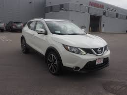 nissan rogue pearl white 2017 new 2017 nissan rogue sport for sale in nh 17c1593 concord nissan