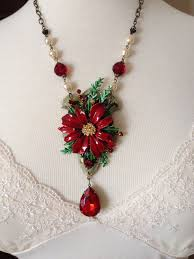 best 25 christmas necklace ideas on pinterest diy christmas