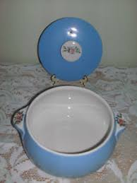 s kitchenware parade 1259 vtg halls s kitchenware 1259 parade casserole dish 2 qt ebay