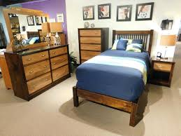 Amish Oak Bedroom Furniture by Home Decoration Decor Style Raya Style Mission Bedroom Furniture