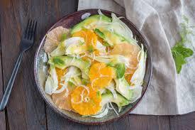 cuisiner le fenouil cru salade au fenouil agrumes avocat cuisine addict cuisine