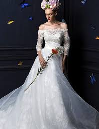 here comes the bride 10 wedding gown ideas for winter woman in me