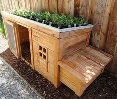 Rabbit Hutch From Pallets A New Home For Outdoor Animals Painted And Decorated Http Www