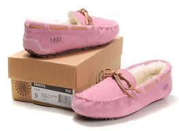 ugg womens dakota slippers sale pink ugg slippers ugg boots shoes on sale hedgiehut com