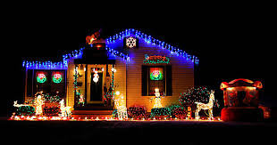 15 awesome outdoor christmas lights ideas 2017 uk