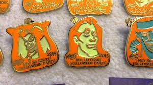mickey u0027s not so scary halloween party 2015 disney pins youtube
