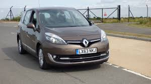 renault grand scenic 1 5 td dynamique tom tom bose pack 5dr