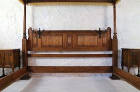 Emperor Size Bed Gothic Tudor Style Oak Four Poster Emperor Size Bed 6 U00276 Wide