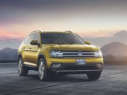 volkswagen jeep touareg vw u0027s future in america relies on atlas suv business insider