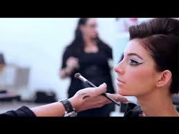 become makeup artist how to become a successful makeup artist