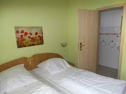 Schlafzimmer Komplett F 300 Euro Ferienwohnungen Auf Rügen Binz Binz