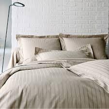 drap en satin de coton linge de maison de qualité à prix destocké au marché du linge